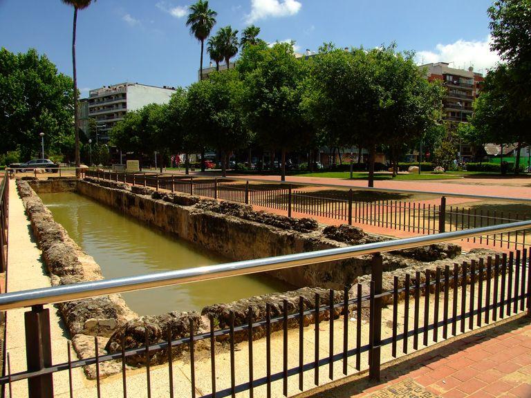 C rdoba i corduba capital de la hispania ulterior for Piscinas jardin cordoba