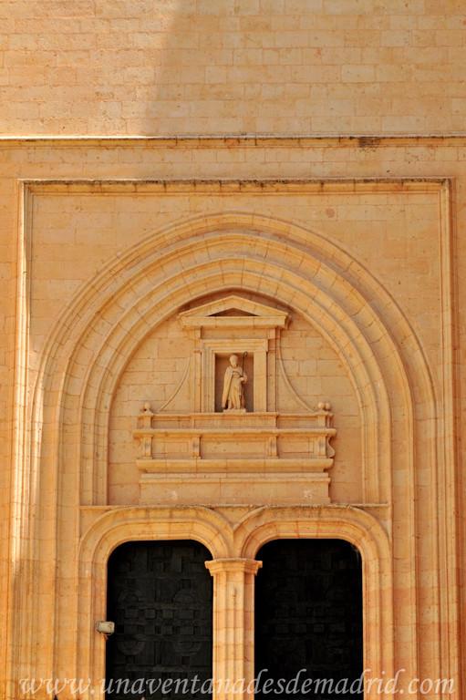 Catedral de segovia i exterior del templo y nave del - Puerta de segovia ...
